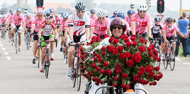 Ride for the Roses fietsers