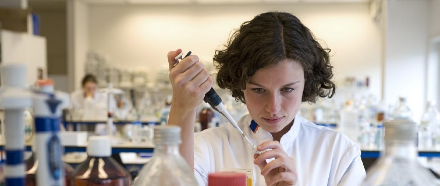 Onderzoeker in het laboratorium